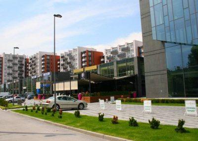 Винпром Пещера офисна сграда, търговски и жилищен комплекс 1