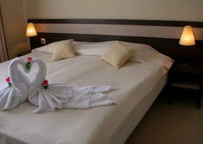Хотел Дрийм 7